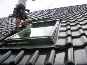 Velux Dachfenster Einbau der Nagai Dienstleistungsservice GmbH