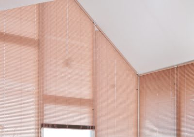 SlopeLine - Aluminium-Jalousien für schräge-Fenster